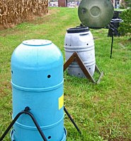 An image of a composter.